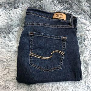 Levi's Signature Curvy Boot Cut Jeans